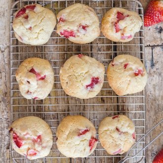 easy-strawberry-cookies-330x330.jpg